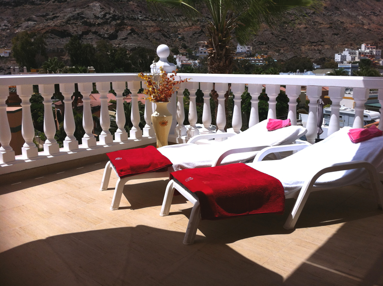Mirador - 2 Bed Apartment - Heated Swimming Pool - Sun Loungers
