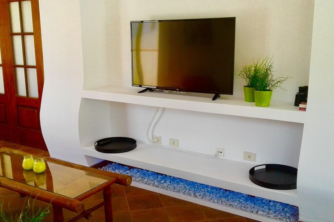 Pescadores  - 3 Bed Penthouse  - Beachside Luxury - Living Area TV