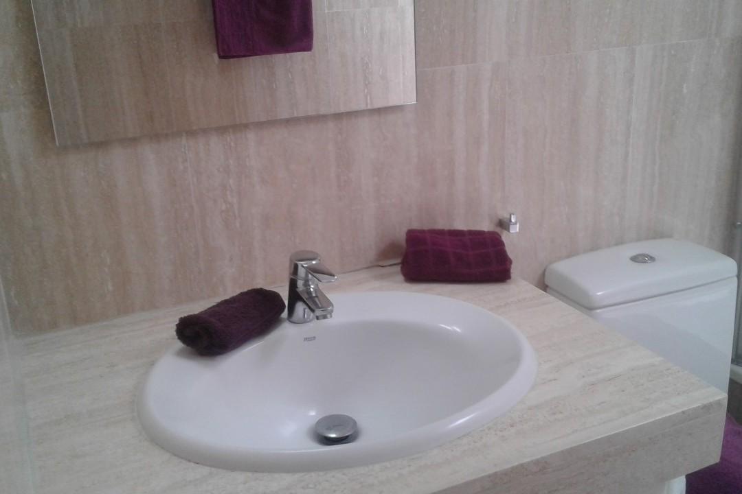 Playa Mogan - 1 Bed Apartment - Central Location - Bathroom