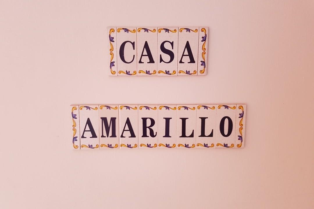 Paraiso 1 - 1 Bed Apartment - Calle La Puntilla - Casa Amarillo Plaque