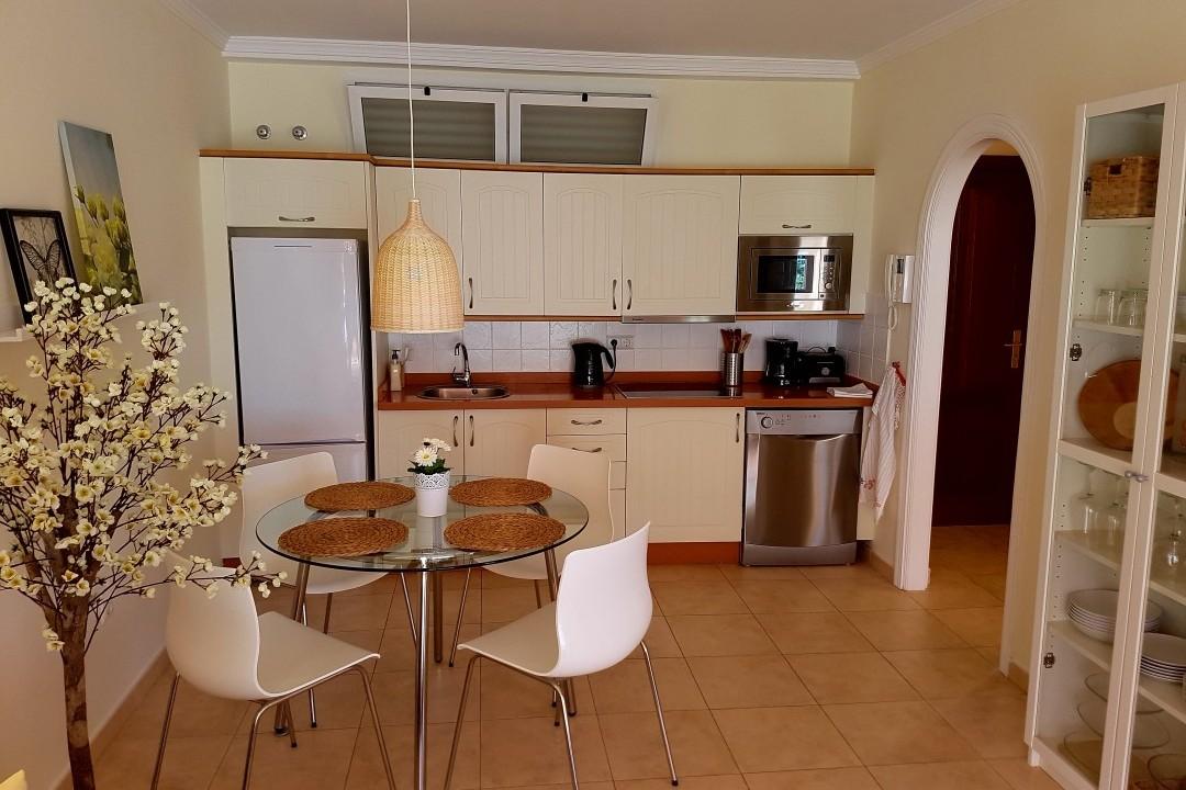 Paraiso 1 - 1 Bed Apartment - Calle La Puntilla - Kitchen Area