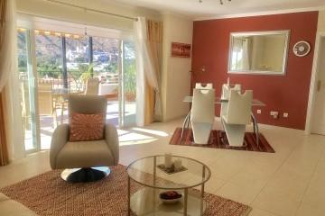 Penthouse Paraiso Mogan  - Luxury 2 bedroomed  - fabulous views - Lounge & Dining area
